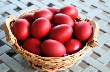 Κόκκινα αυγά-6 τεμάχια