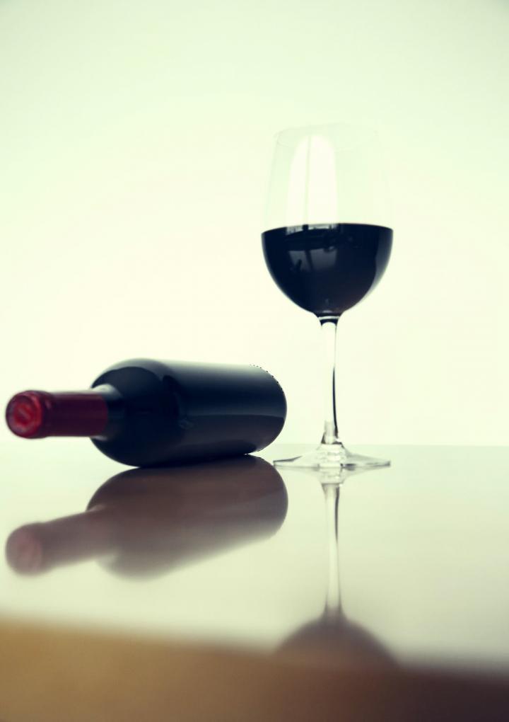 Ημίγλυκος οίνος ερυθρός